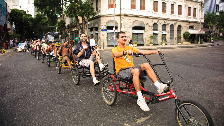 collective transportation  tricycle Opavivará  Roberto Cabot Stream 03  PCA-Stream