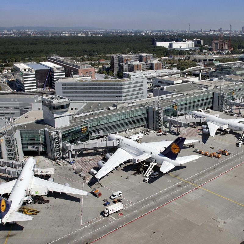 Terminal aéroportuaire Greg Lindsay Stream 03  PCA-Stream