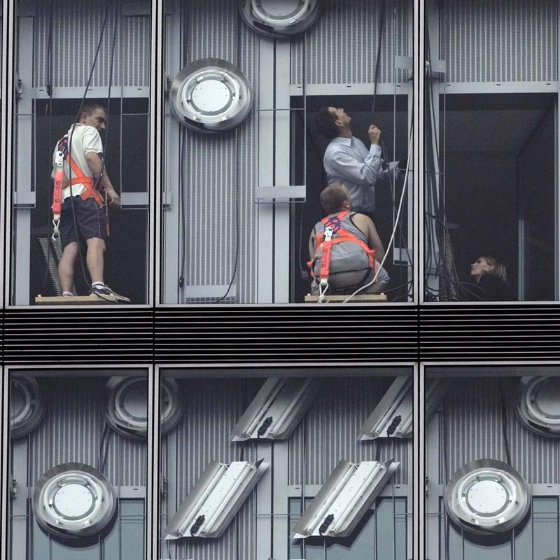 Installation d'une façade Aurélien Gillier Stream 01 PCA-STREAM
